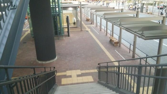 神姫バス停留所