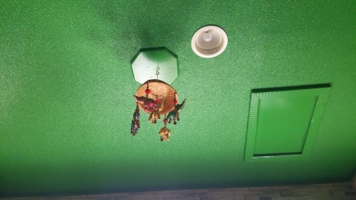 LITTLEINDIAの天井の飾り