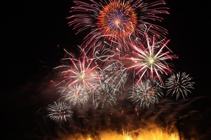 兵庫県姫路市の花火大会【姫路みなと祭海上花火大会 2015】